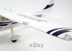 Art Tech Cessna 182 500 Class Rc Plan De Contrôle Radio À Distance Bleu (pnp) Nouveau En Boîte