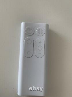 Dyson Am07 56 W 10 Ventilateur De Tour De Vitesse Blanc/argent (has New) Boxé
