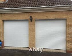 Porte De Garage Électrique Isolée En Aluminium Blanc Fabriquée Au Royaume-uni À La Taille